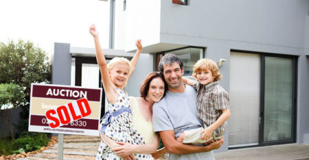 how to win at Auction - family outside house